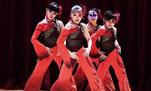 ヨシムラダンスセンター・ダンスチーム